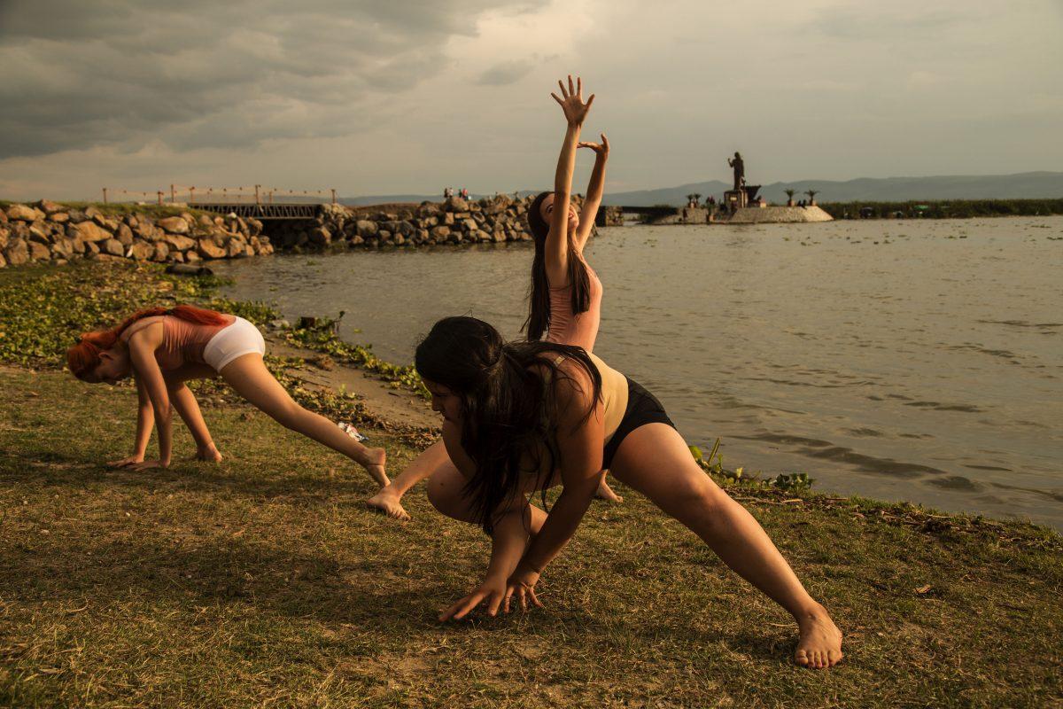 Grupo de Danza de Prepa Chapala y Cantoamérica de Prepa 10