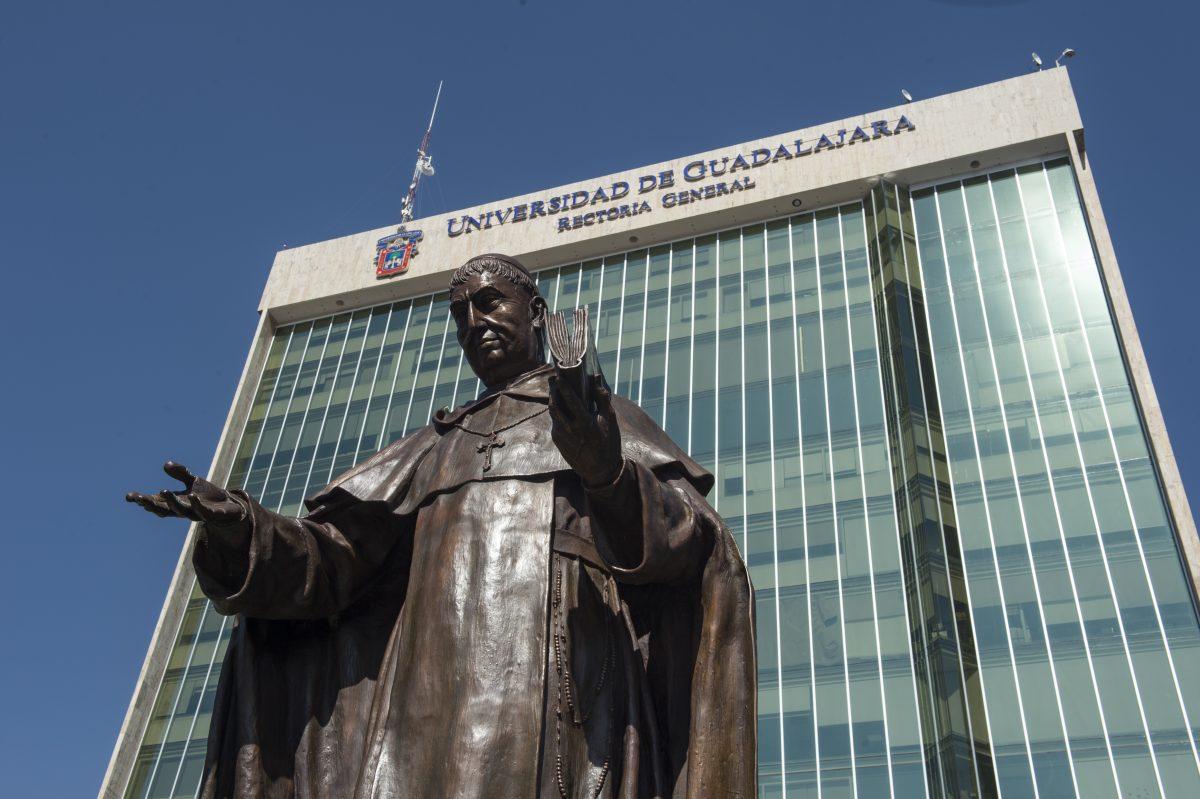 Estatua Fray Antonio Alcalde