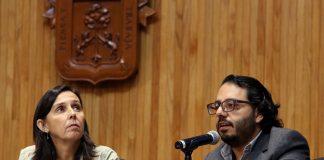 Mercedes Vigón y Juan Larrosa