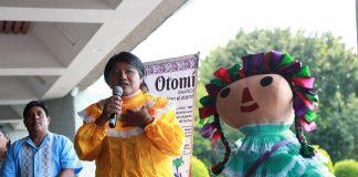 Muñecas indígenas