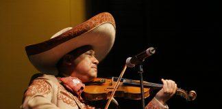 Mariachi en violín