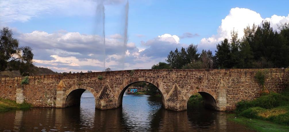 Histórico. El Puente de Calderón se encuentra sobre el Río Colorado, que parte del camino real que conectaba a Guadalajara con la Región Altos y Zacatecas. Fotografía: Mario Estrada Gutiérrez